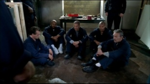 prison break 01x13 end of the tunnel series addict. Black Bedroom Furniture Sets. Home Design Ideas