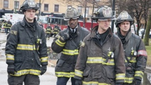 Chicago Fire 01x16 : Viral- Seriesaddict