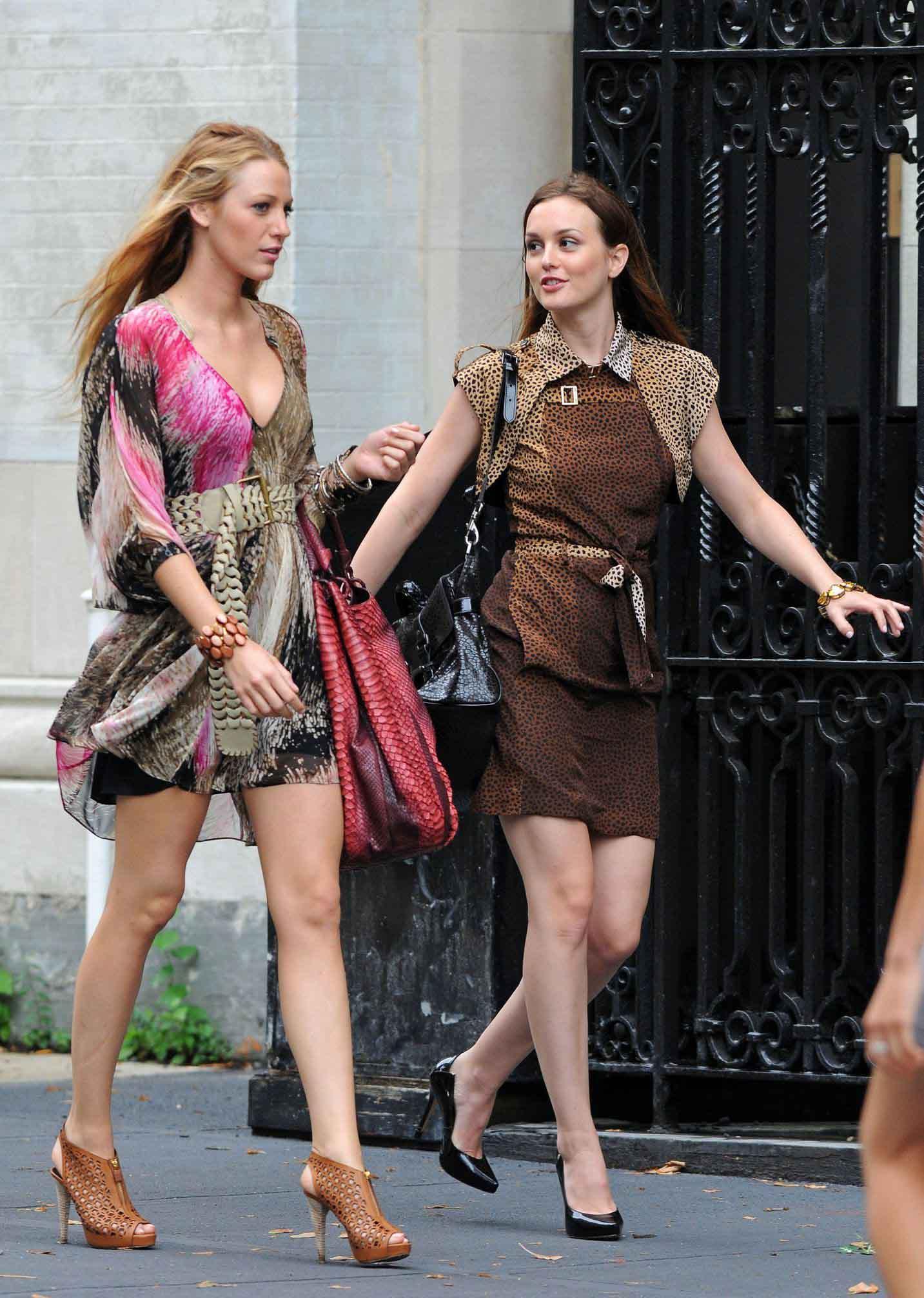 Gossip Girl - Tournage Saison 4. Serena · Chuck et Eva · Blair · Eva ·  Chuck et Eva · Serena et Serena ... a30417ed378