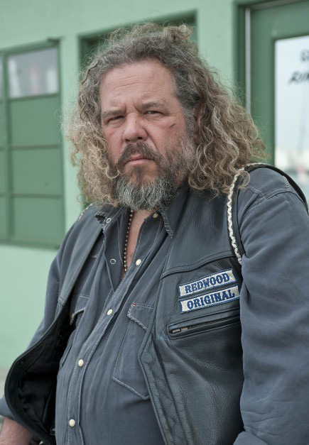 Bobby-Sons-Of-Anarchy-2x01.jpg