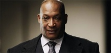 Tony Todd sera la voix de Zoom dans The Flash