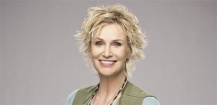 Jane Lynch rejoint le casting de Manifesto