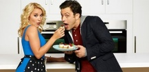ABC Family renouvelle Young and Hungry, annule et commande