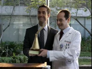 Better Off Ted Trailer Saison 1